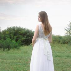 Wedding photographer Oksana Gnennaya (dp190192goi). Photo of 15.06.2018