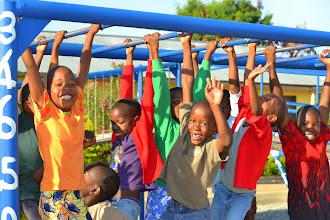 Photo: Children on the monkeybars