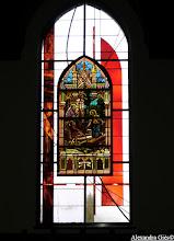 Photo: Maison d'accueil diocésaine de Merville Réemploi de vitraux anciens dans une création contemporaine