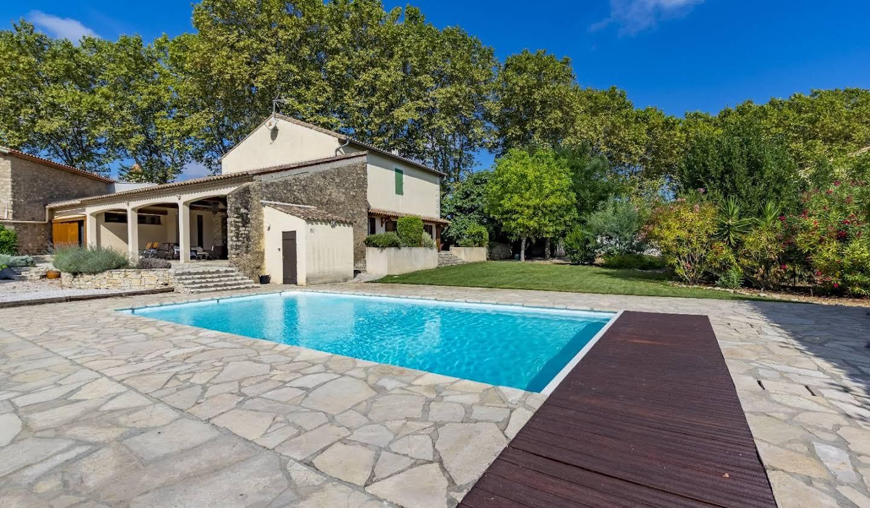 Maison avec piscine et terrasse Roujan