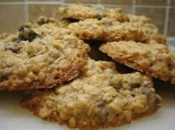 Oatmeal Raisin Cookies With A Cake Mix