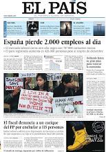 Photo: España pierde 2.000 empleos al día, indignación contra los violadores en India y el fiscal de Ourense denuncia a un cacique del PP por enchufar a 115 personas, en la portada de EL PAÍS, edición nacional, del viernes 4 de enero de 2012http://cort.as/338z