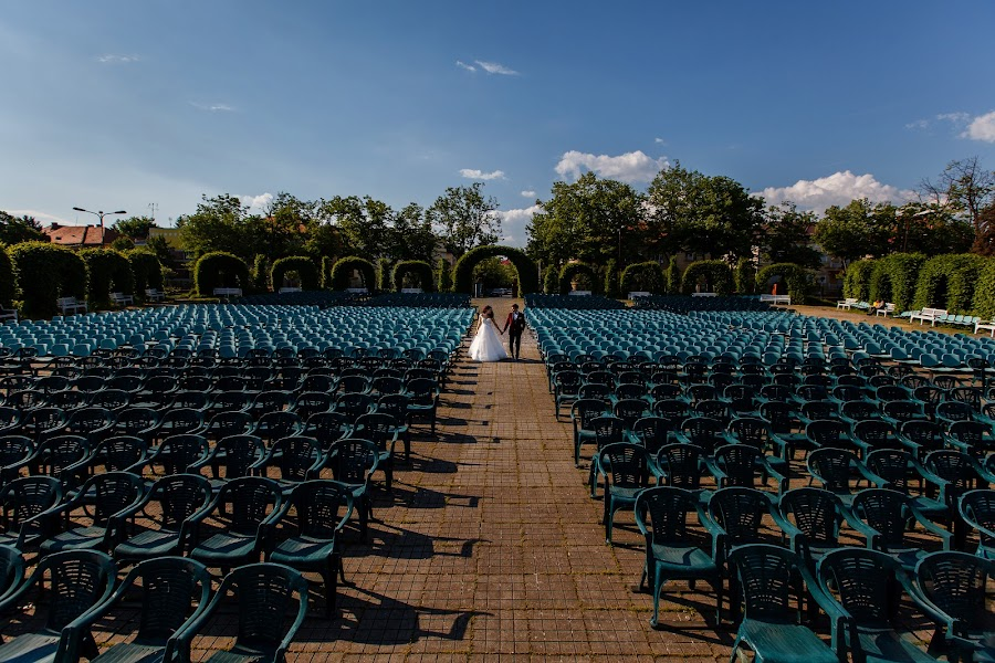 Wedding photographer Claudiu Negrea (claudiunegrea). Photo of 21.09.2016