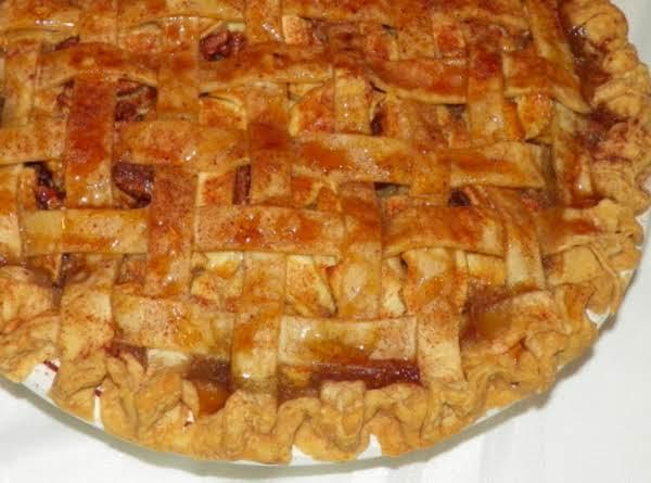 Caramel Apple Pecan Pie_image