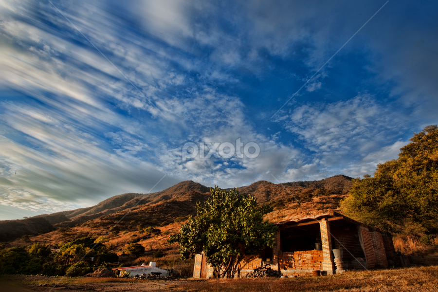 Mountain and clouds by Cristobal Garciaferro Rubio - Landscapes Mountains & Hills ( clouds, chapala, mountain, sky, mexico )