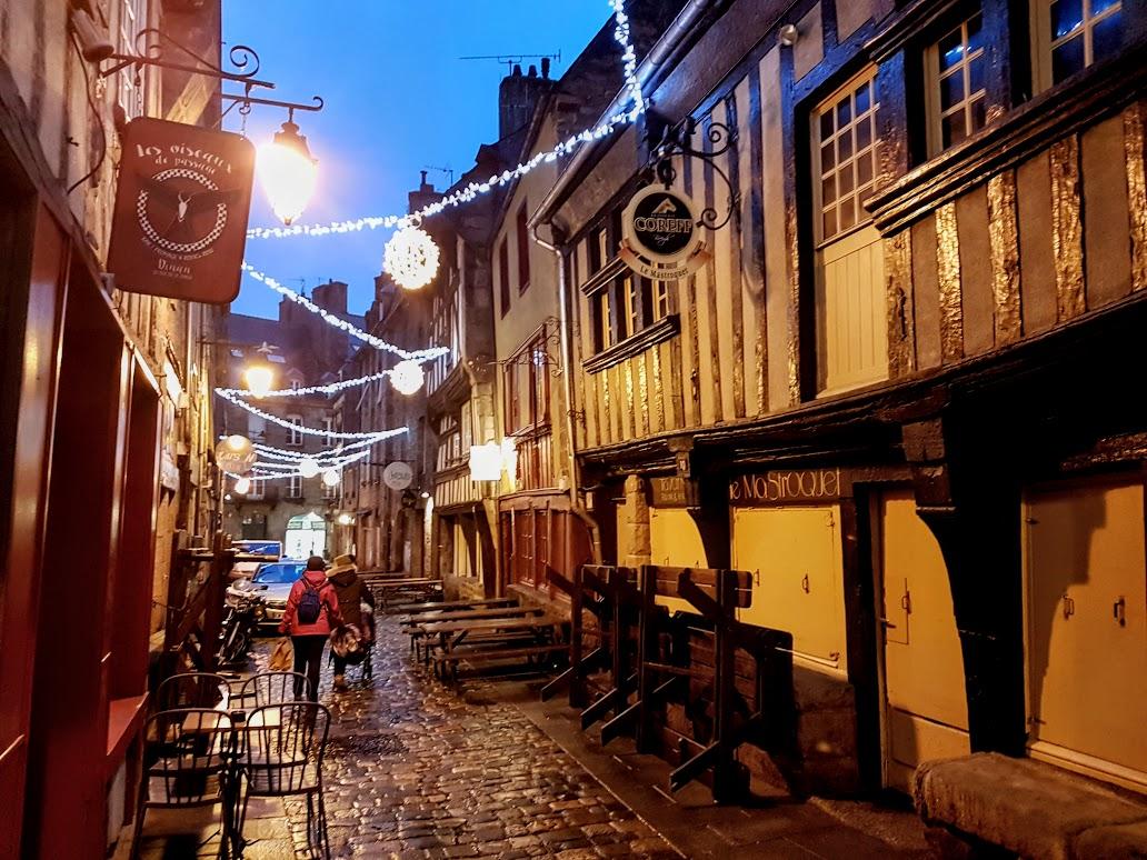 Pueblos bonitos de Bretaña, Dinan
