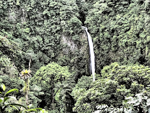Photo: La Fortuna waterfall (Mark playing with the filters on the camera)