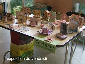 Photo: Vue de la table d'expositions vendredi 27 mai