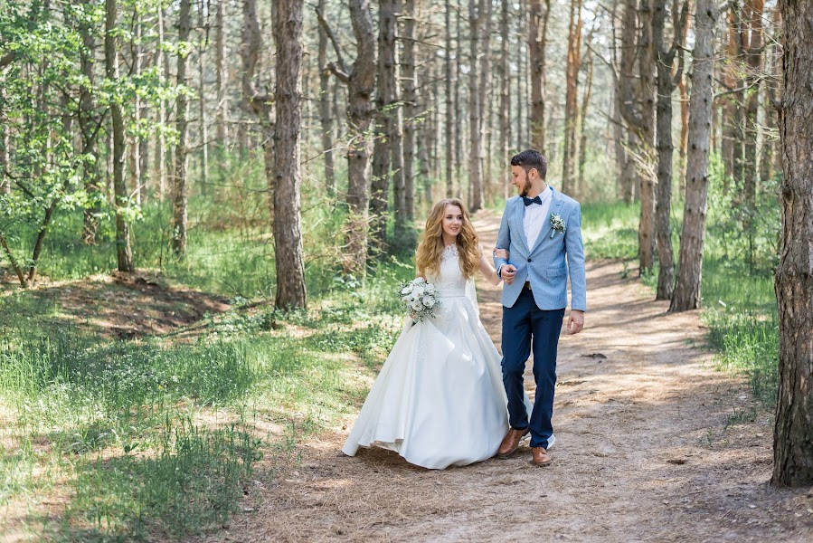 ช่างภาพงานแต่งงาน Aleksey Revuckiy (alexrevutsky) ภาพเมื่อ 21.05.2019