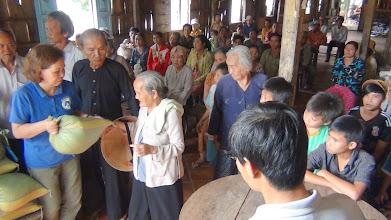 Photo: Phát Quà cho ngươi nghèo (140 phần) ơ Cù Lao Mỹ Hoà-Hưng/Tỉnh An Giang