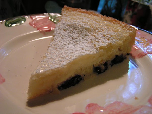 When cake is completely cool; spinkle with powered sugar; slice and serve as is.