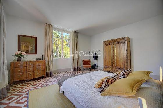 Vente villa 15 pièces 492 m2