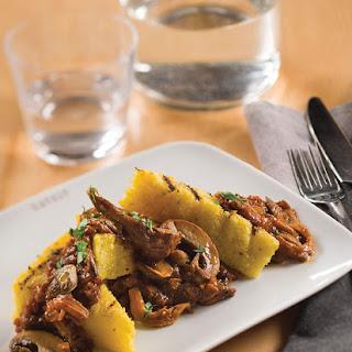 Polenta alla Griglia con Ragù di Funghi ~ Grilled Polenta with Mushroom Ragù
