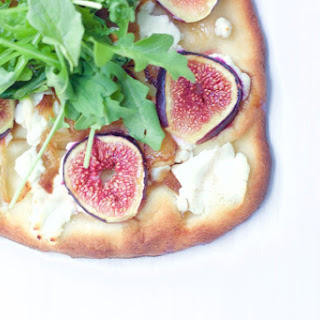 Fig, Goat Cheese and Arugula Flatbread