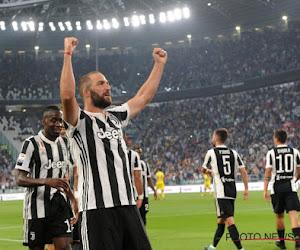'Ondanks een akkoord met AS Roma wil Gonzalo Higuain liever bij Juventus blijven'