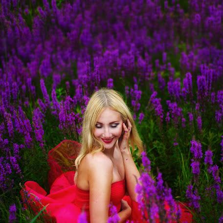 Wedding photographer Anna Troshkina (KroShkAnn). Photo of 09.08.2015