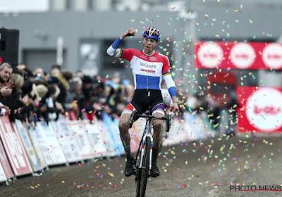 Mathieu van der Poel demonstreert in Iowa en laat geen spaander heel van de concurrentie