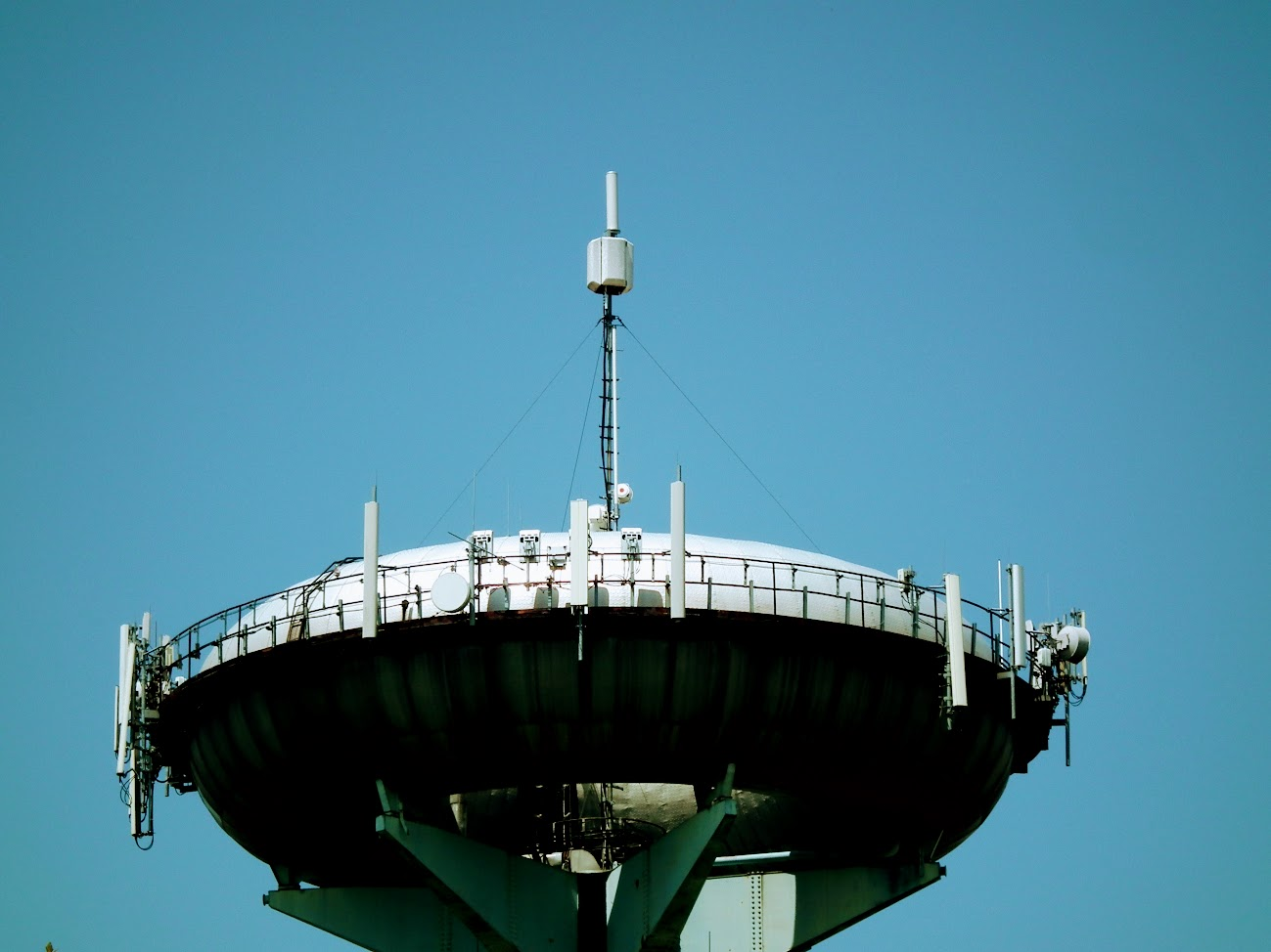 Kaposvár/Donner, víztorony - helyi DVB-T adóállomás