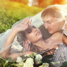 Wedding photographer Anna Rovkina (anna84). Photo of 11.04.2013