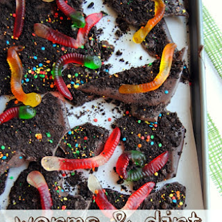 Worms & Dirt Chocolate Bark
