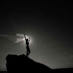 *** by Victor Vertsner - People Fine Art ( wind, moon, stars, night, women )