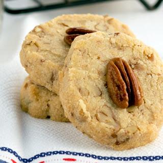 Healthy Pecan Sandie Shortbread Cookies.
