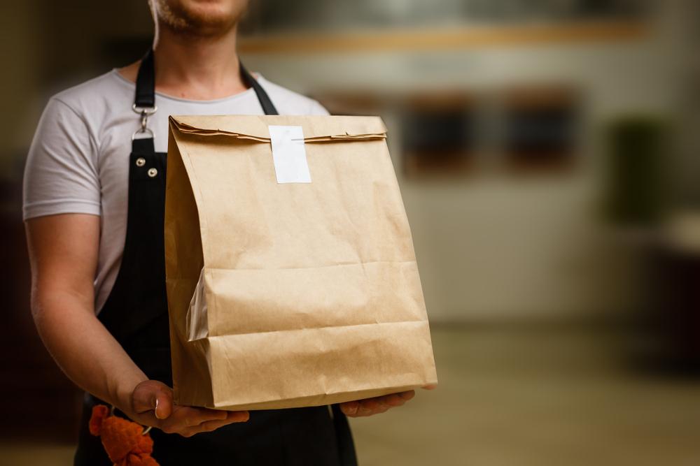 Manfaatkan layanan pengantaran agar bisnis kuliner milikmu dapat bertahan