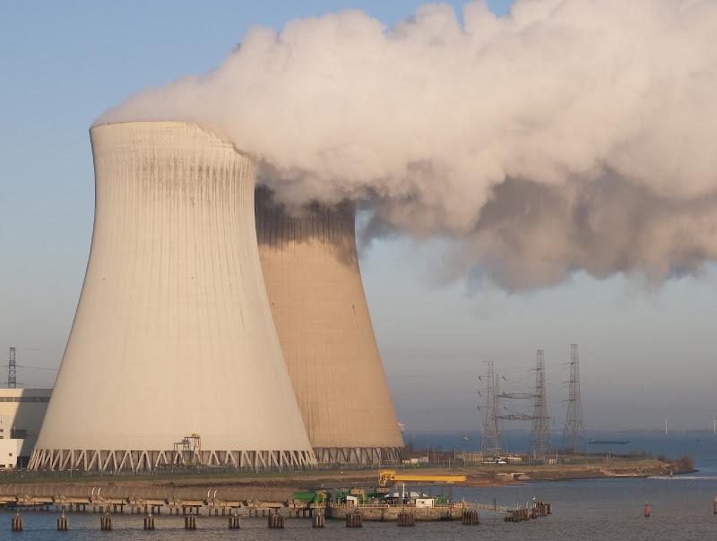 Energia nucleare di manolina