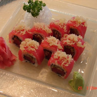 Crunchy inn and out maguro with jalapeno Maki