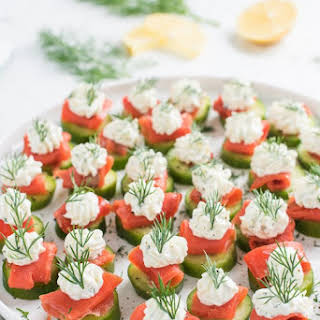 Mini Cucumber Smoked Salmon Appetizer Bites with Lemon Dill Cream Cheese.