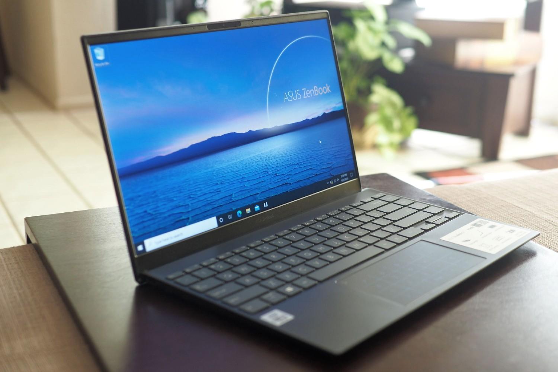 Khi cần 1 số tiền mặt nhanh chóng, tạm thời cầm laptop có thể giúp bạn vượt qua thời gian khó khăn