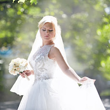 Wedding photographer Tatyana Kutina (Kutanya). Photo of 31.10.2014