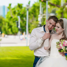 Wedding photographer Vladislav Klimenko (Vladique). Photo of 05.07.2014
