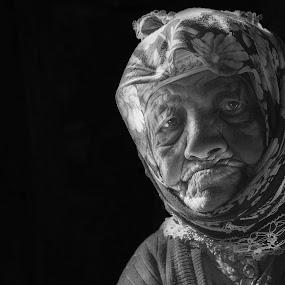 by Mustafa Tor - Black & White Portraits & People ( woman, portrait )