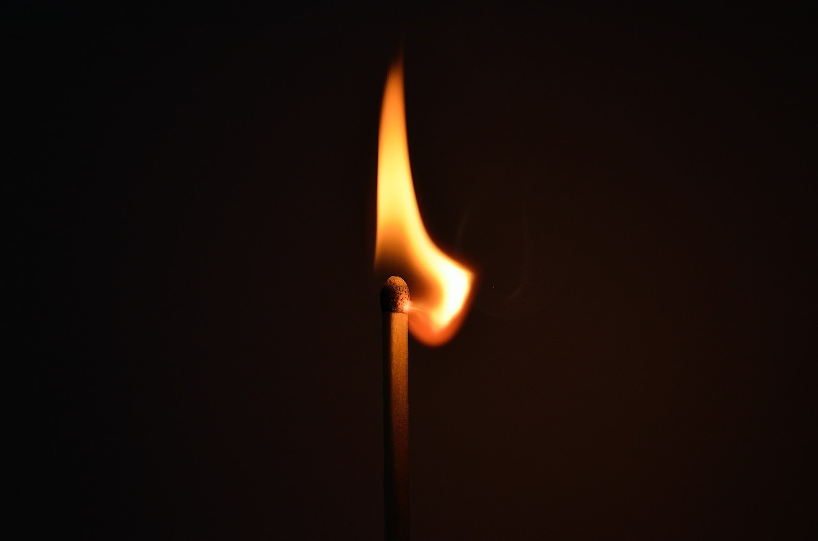 matchstick-fire-light-striking-66267.jpeg