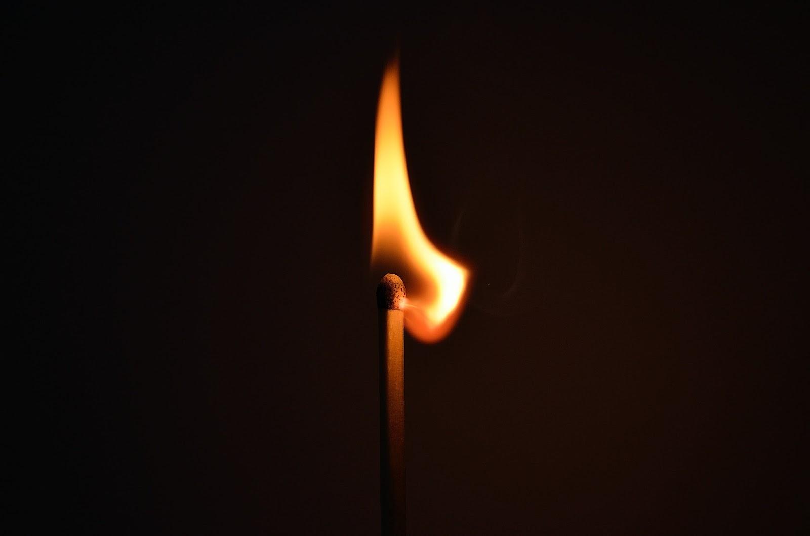 matchstick-fire-light-striking-66267.jpeg