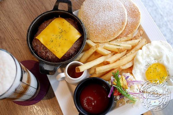 中和早午餐 【對味 The TASTE】漢堡排鬆餅澎湃早午餐 中和下午茶咖啡