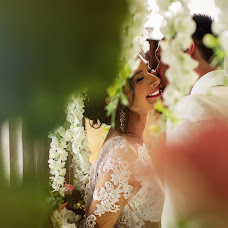 Wedding photographer Kirill Otinov (KDELUXE). Photo of 06.06.2018