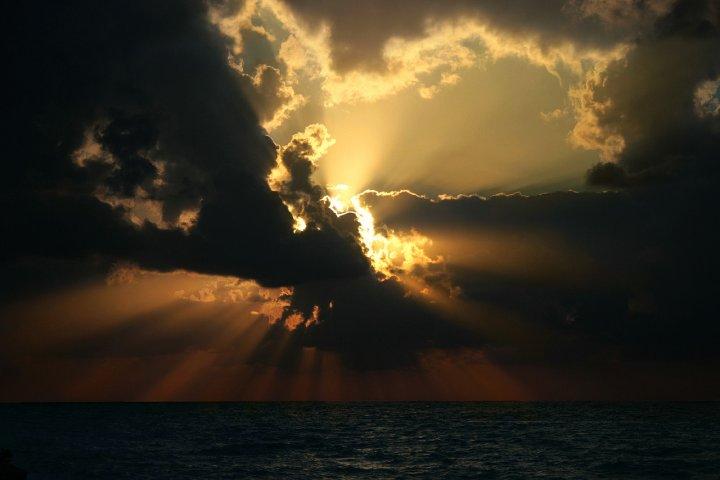 Esplosione al tramonto di marco.damil