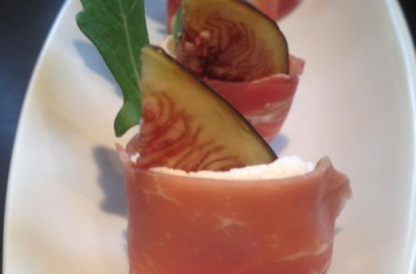 Fresh Figs with Goats Cheese, Arugula Wrapped in Prosciutto Recipe