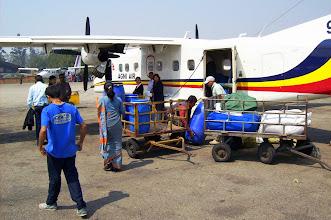Photo: Abflug nach Tumlingtar außer unsfliegt nur Gepäck mit