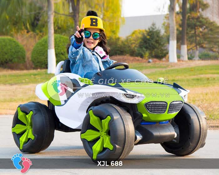 Xe ô tô điện địa hình cho bé XJL-688 3
