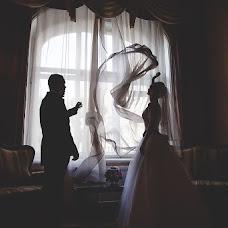 Wedding photographer Kristina Tolstikova (KroXa). Photo of 12.10.2013