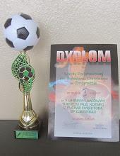 Photo: Puchar i dyplom dla SP Żmigród
