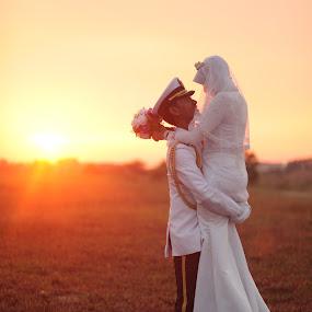 capten fir by Lanoi Krueger - Wedding Bride & Groom ( catalina, people )