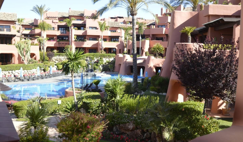 Appartement avec piscine Gualdalmansa
