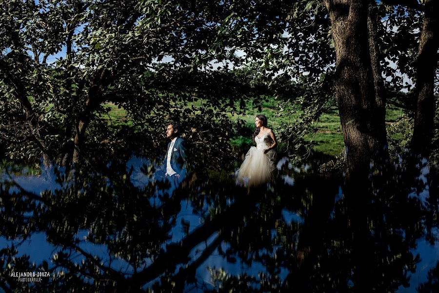 Wedding photographer Alejandro Souza (alejandrosouza). Photo of 23.08.2018