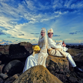 Firdaus & Shahrina Outdoor by Ismail Rali - Wedding Other ( clouds, weddings, beach, bride, landscape, people )