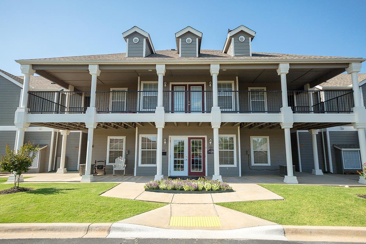 Savannah House Of Yukon Apartments In Yukon Oklahoma The Yarco Companies