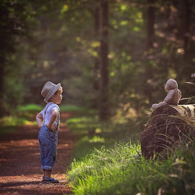 serious talks by Danuta Czapka - Babies & Children Child Portraits ( children portraits, childhood, children photography, baby boy, children photographer,  )